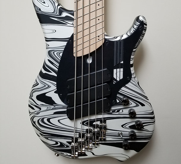 Dingwall Combustion NG-3 5-string Ducati Pearl White Swirl