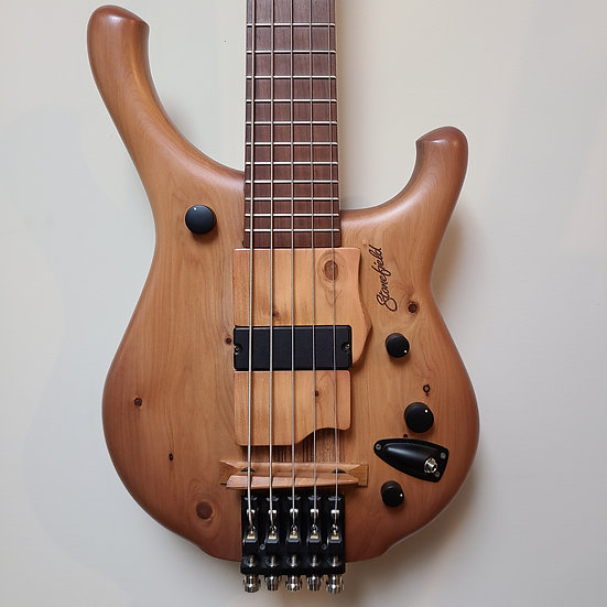 Stonefield M Series 5-string Classic