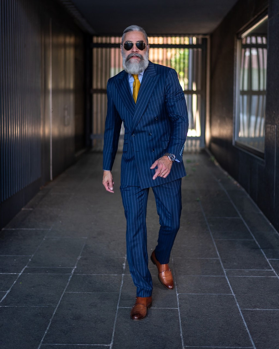 custom clothing suit bespoke