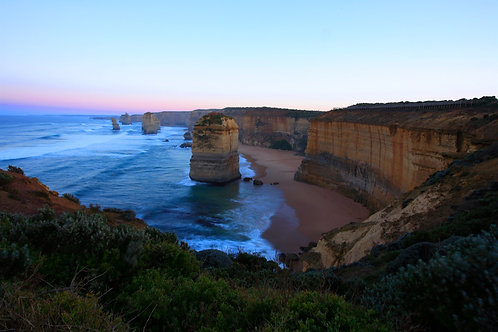 West to 12 Apostles, Great Ocean Road, Victoria, Australia