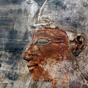 Bas relief polychrome egyptien