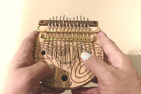 ・Bunカリンバ・親指ピアノ・「月と太陽くるくる🌀文様」12弦カリンバ