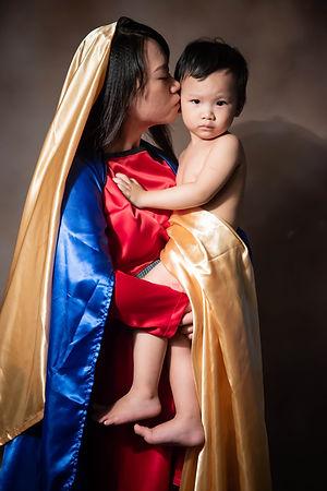 yichiao 21 century madonna and child 6.j