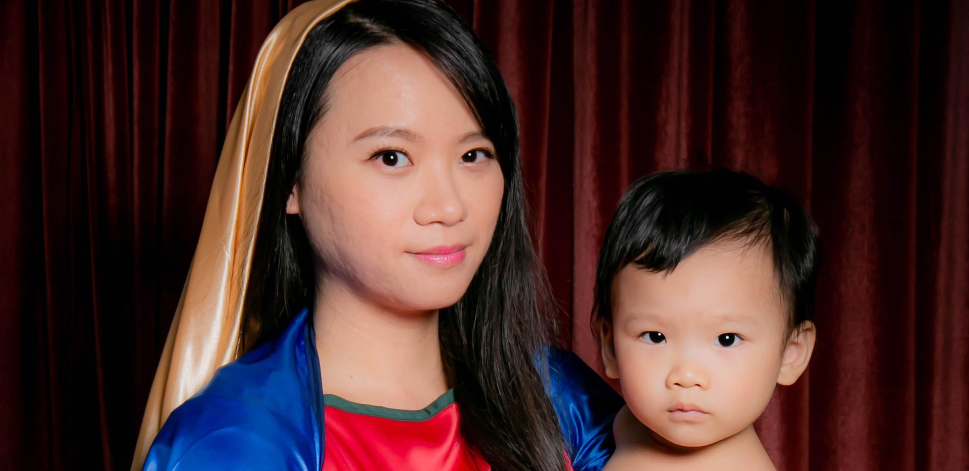 yichiao 21 century madonna and child 3.j