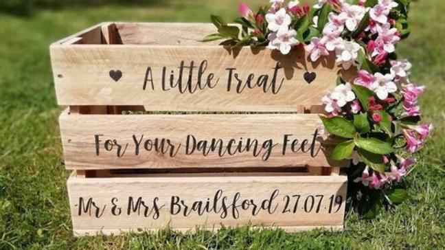 Wedding Crate Flip Flops Slippers Holder Storage Box Favor Rustic Personalised