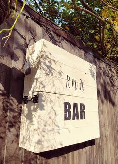 Wall Bar