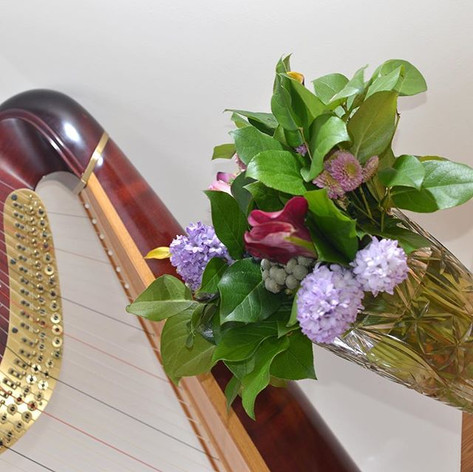 Harp and Flowers