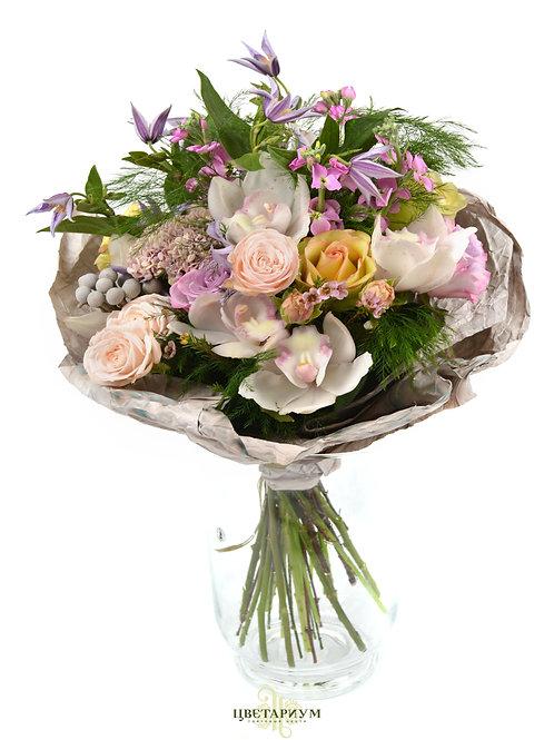 Букет орхидея цимбидиум 5 роза Brokante 3 матиола 5 клематис 2 шамелациум 1 куст