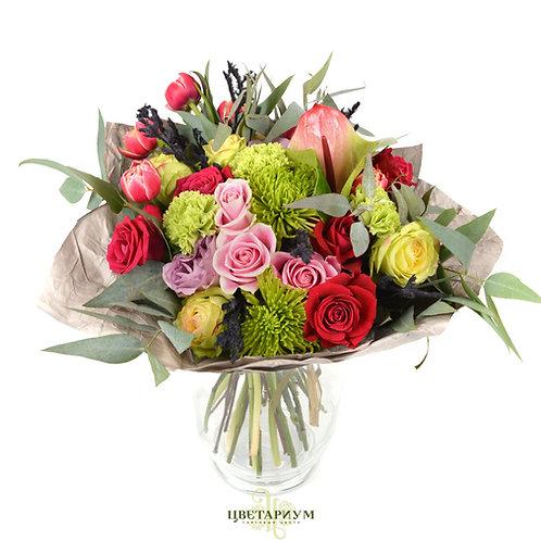 букет антуриум 1 хризантема Shamrock 2 гвоздика 3 роза Шангри Ла 5 роза Brokante