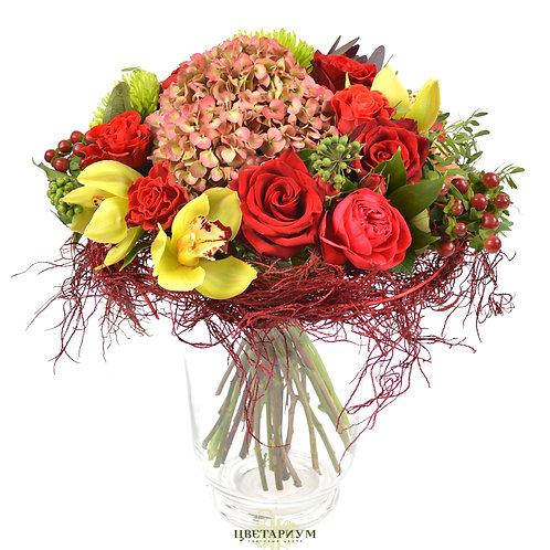 букет роза El Toro 5 роза Red Naomi 3 гвоздика  2 гиперикум 3 цимбидиум 5 хризан