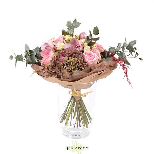 букет Гортензия 2 пионовидная роза O`Hara 2 роза Esperance 5 орхидея цимбидиум 3