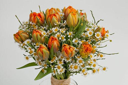 тюльпаны 15 танацетум 8 вациниум 4