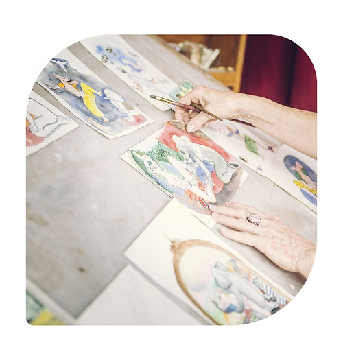paravent artiste décoration acheter art création paravent originale oeuvre d'art geneviève bonieux Genevieve Bonieux Paris Artist Plasticienne  assiette assiète assiettes assiètes art artistant peint à la main assièettes murale décoration artistique original cadeau personnalisé illustation artiste dessin peinture acquarelle