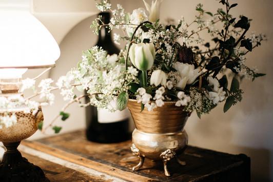 Spring organic flower arrangement