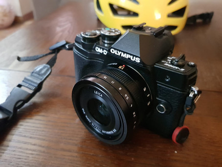 Cycling camera bags for Olympus and Micro Four Thirds cameras