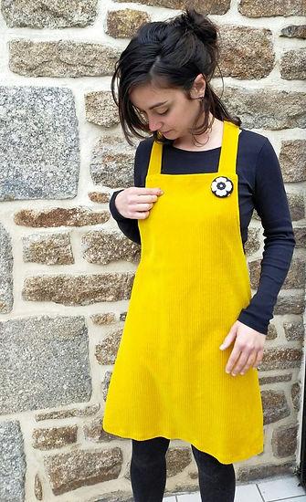 robe salopette velours moutarde.jpg