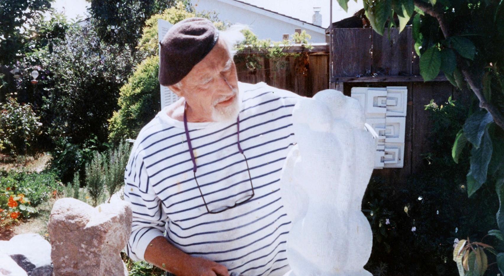Leda and the swan - Alabaster Sculpture 1992.jpg