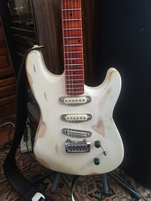 White Fender Type Strat