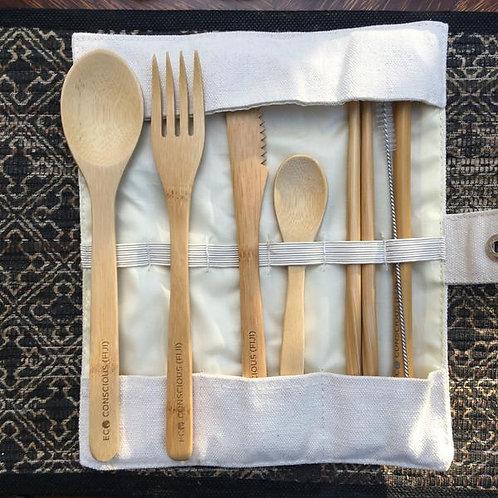 ECO CONSCIOUS FIJI bamboo cutlery set