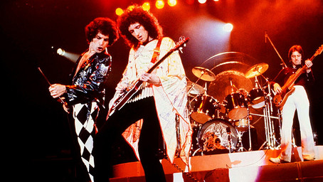 Queen - Tie Your Mother Down - Live in London 1977