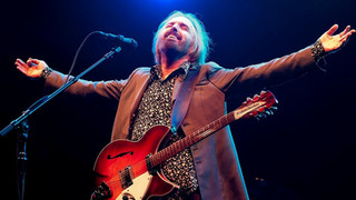"""Tom Petty - """"American Girl"""" (Last Public Performance at the Hollywood Bowl 2017)"""