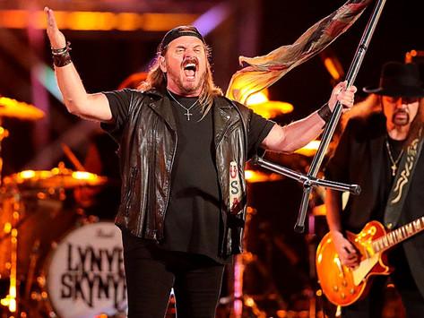 Lynyrd Skynyrd - Gimme Three Steps - Live 2015