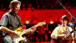 """Eric Clapton - """"While My Guitar Gently Weeps"""" - Live 2002"""
