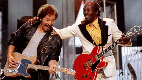 Chuck Berry with Bruce Springsteen - Johnny B. Goode - Live 1995