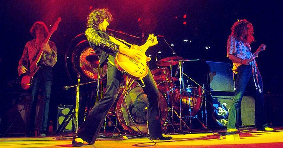 Led Zeppelin - Whole Lotta Love (Official Video)