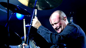 """Phil Collins - """"In The Air Tonight"""" - Live 2004"""