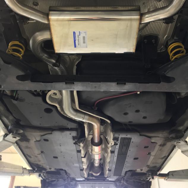 Tuning / Sportauspuff / Gewindefahrwerk / Spurverbreiterungen