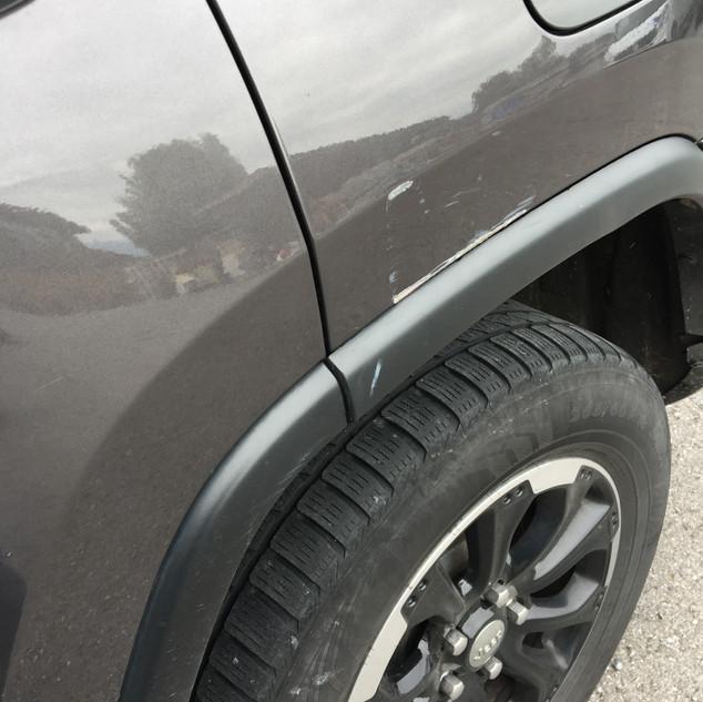 Jeep Cherokee Parkschaden vorher