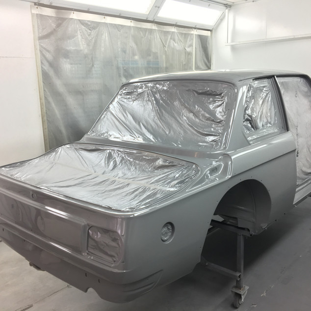 Ganzlackierung BMW 2002