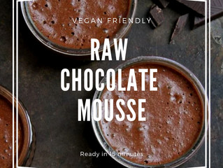 5 Ingredient Vegan Friendly Raw Chocolate Mouse