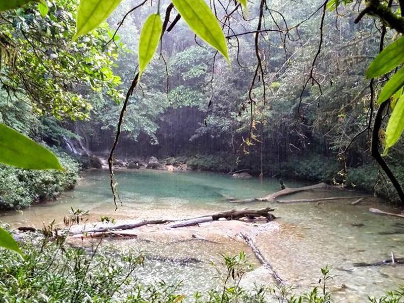 Río Tzac Tzac bajo la lluvia