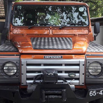 The EleVets Land Rover