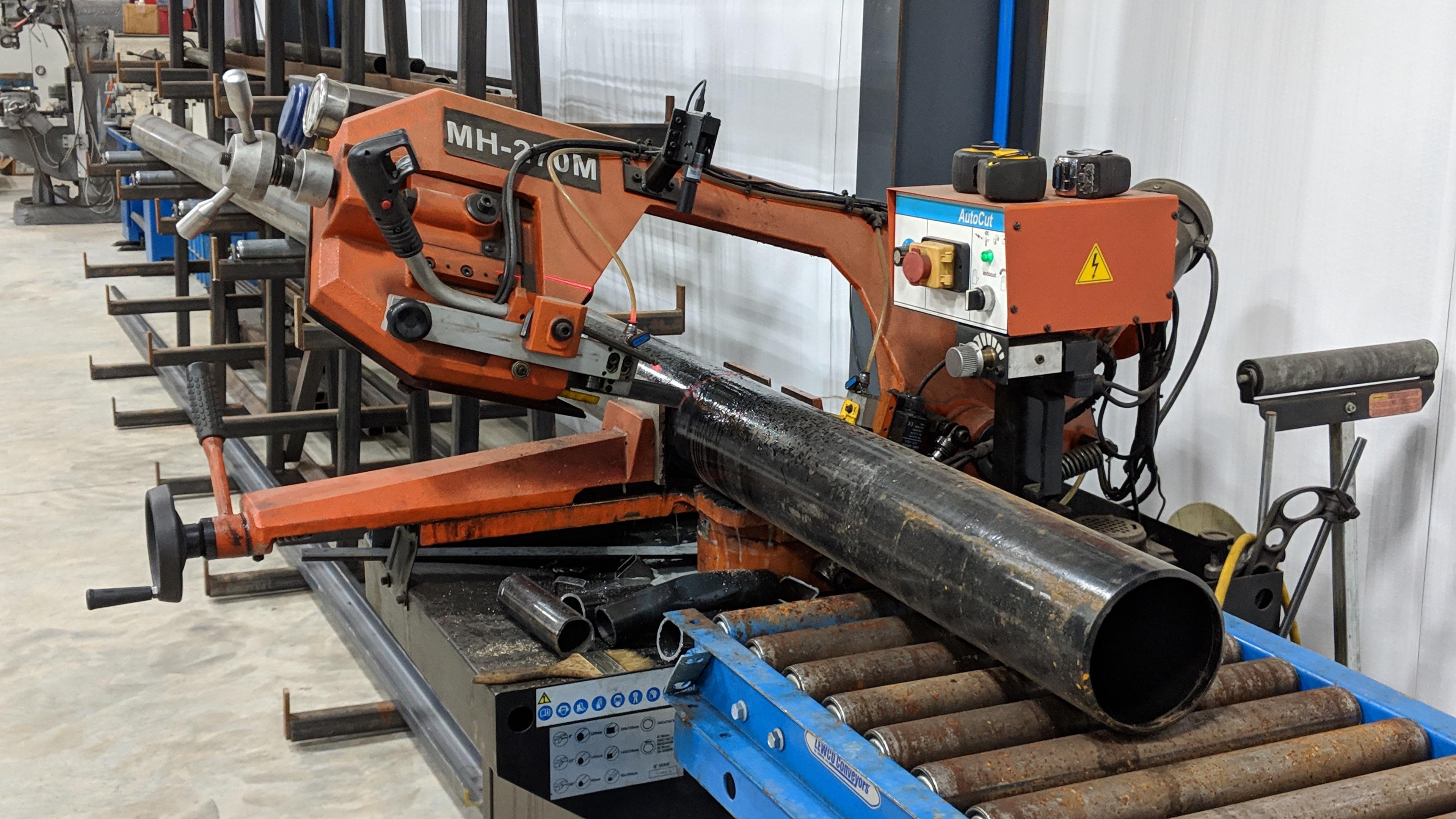 Large diameter horizontal sawing