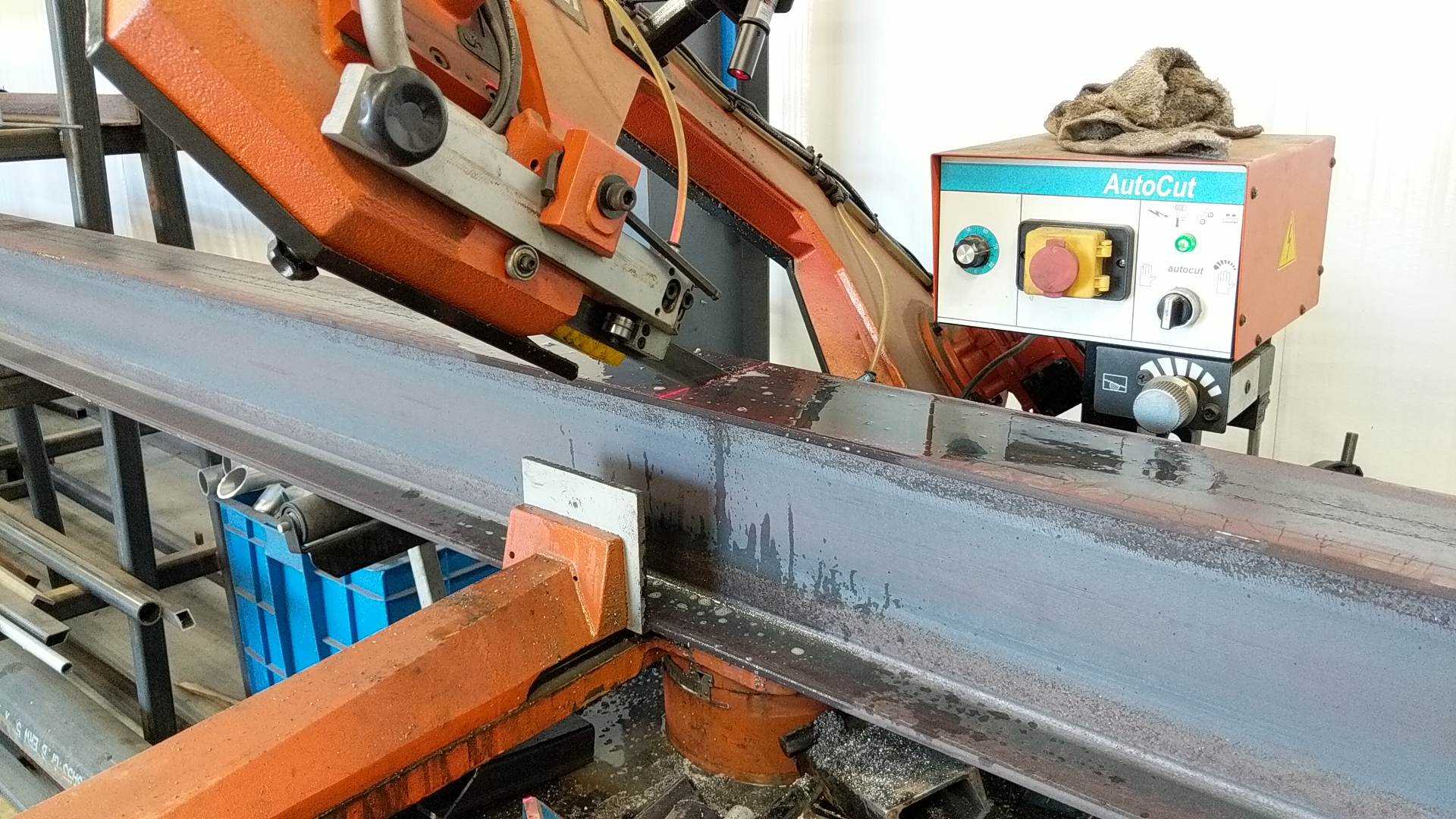 Horizontal band sawing heavy steel
