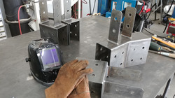 Commercial building brackets
