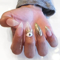 24k _ Stiletto Nails _ Nazars _ Evil eye Chrome _ Glitter Ombré ✨ #naildit #nailditsalon #naildithol