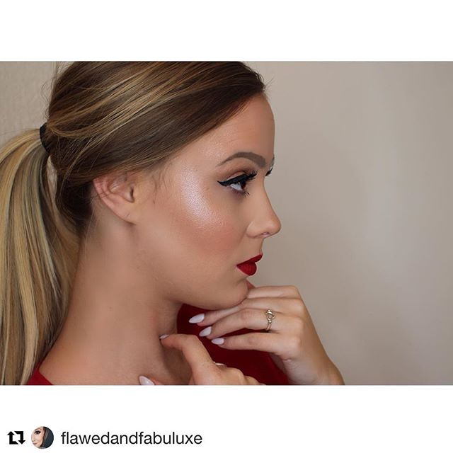 #Repost _flawedandfabuluxe with _repostapp_・・・_just a subtle _from within_ glow •_•_•_•__#kokolashes