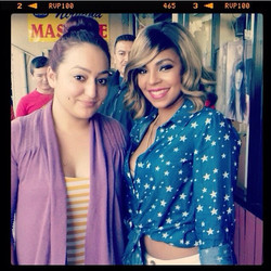 Yay! Vanessa with Ashanti at the salon #amazing
