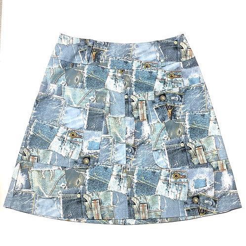 Large patch pocket skirt