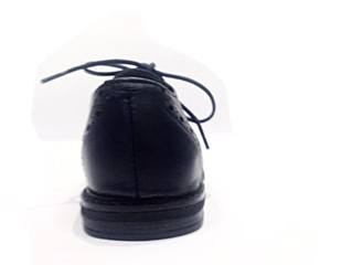 Perché è importante scegliere scarpe strutturate per tuo figlio?
