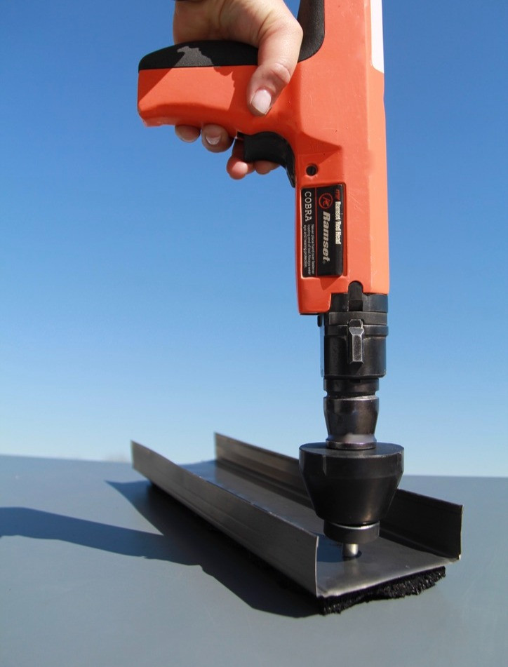 Power actuated nail gun