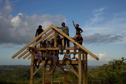 Taller Timber Frame Tabonuco 1.jpg