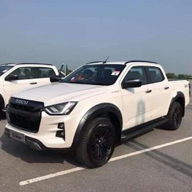 Isuzu D MAX Smooth Wheel Arches Black AUTO PARTS ONLINE SA