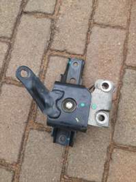 Toyota etios side Engine Mounting AUTO PARTS ONLINE SA