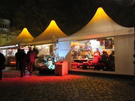 12月28日まで営業するシャルロッテンブルク宮殿前のクリスマスマーケット