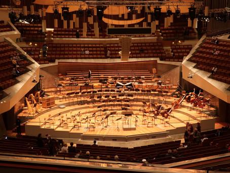 コロナウィルスの影響により、ベルリンで開催される大規模なコンサートやイベントの多くが4月19日まで休止または延期となります